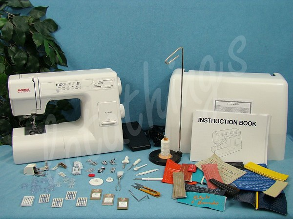 Janome HD3000 LOADED With Extra Accessories INCLUDING A Large Extension Table