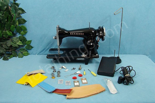 INDUSTRIAL STRENGTH Sewing Machine SEWS 18 OUNCE OF COWHIDE LEATHER & UPHOLSTERY Reserved for Martha